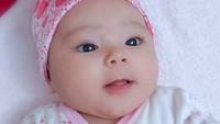 <p>Seperti namanya, paras baby Aycil juga cantik, Bunda. Banyak lho netizen yang dibikin gemas meski hanya lihat fotonya. (Foto: Instagram @istialqadri)</p>