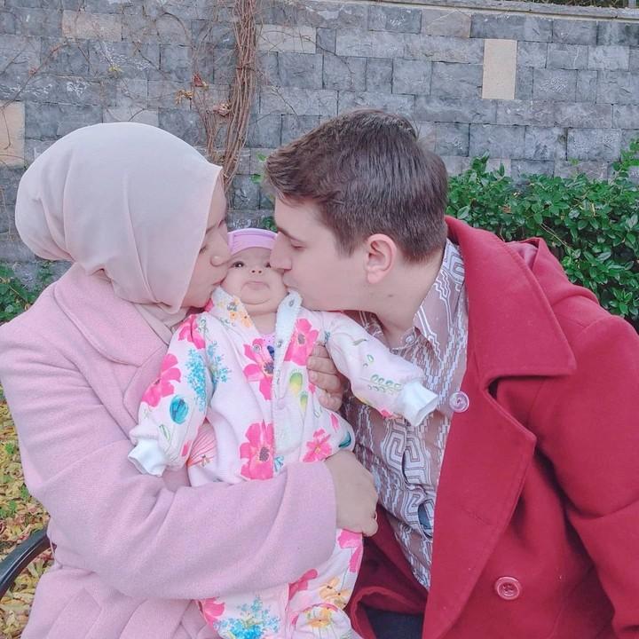 Anak hijaber Isti Alqadri dan bule Turki