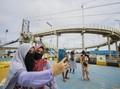 Ada Jembatan Meliuk Bak 'Roller Coaster' di Sungai Martapura