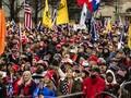 Pendukung Trump Demo dan Bawa Senjata di Gedung DPRD AS