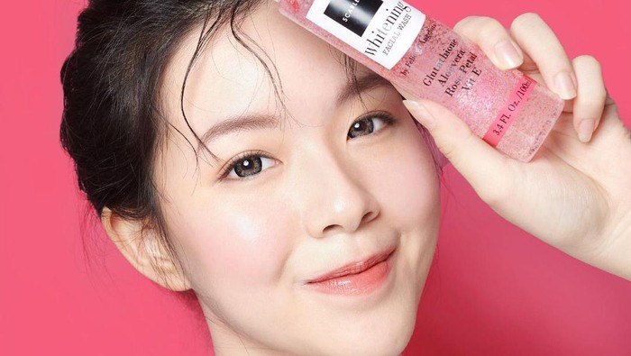 5 Brand Skincare Artis Favorit untuk Merawat Kulit Wajah