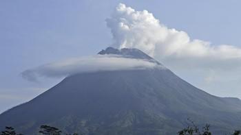 Gunung Merapi Muntahkan Awan Panas 22 Kali Hari Ini