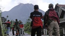 Gunung Merapi Erupsi, Ratusan Warga Turgo Sleman Mengungsi