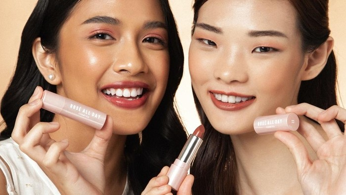 Rose All Day Juicy Lip Balm! Lip Balm Berwarna untuk Semua Skin Tone