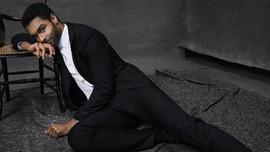 Bintang Bridgerton Buka Suara soal Spekulasi Jadi James Bond