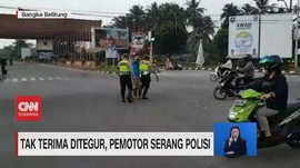 VIDEO: Tak Terima Ditegur, Pemotor Serang Polisi