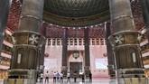 Renovasi Masjid Istiqlal telah resmi selesai direnovasi, di mana salah satu buah hasilnya adalah Terowongan Silaturahmi yang menghubungkannya dengan Katedral.