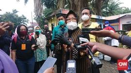 Risma Marah di Tuban soal Bansos: Duit Satu Bulan Kemana?