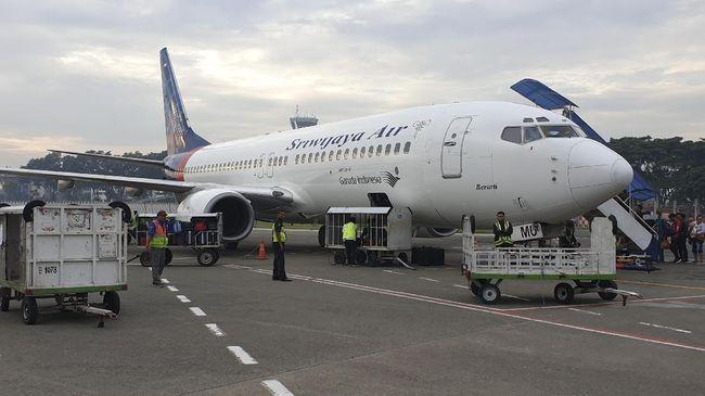 Menhub Budi Karya Sumadi mengonfirmasi SJY182 yang hilang kontak mengangkut total 50 penumpang dan 12 kru.
