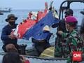 FOTO: Temuan Barang Penumpang dan Puing Sriwijaya SJ 182