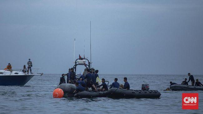 Tim SAR gabungan berharap cuaca esok hari mendukung proses pencarian korban dan black box pesawat Sriwijaya Air SJ 182.