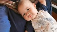 <p>3. Enggak terasa, kini baby Athar sudah berusia hampir 5 bulan, lho. Dalam potret yang kerap dibagikan Citra Kirana, bayi laki-laki ini terlihat makin menggemaskan, Bunda. (Foto: Instagram @@citraciki.dll)</p>