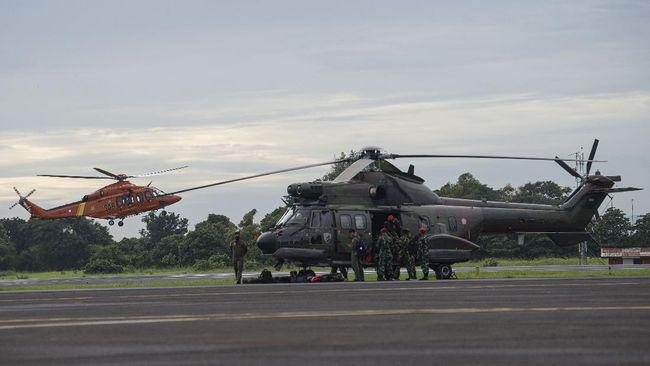Dua helikopter kepresidenan yang baru dicat merah bakal mengibarkan bendera kebangsaan di Jakarta pada peringatan HUT RI 17 Agustus mendatang.