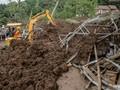 Alat Berat Terbatas, Pencarian Korban Banjir Flores Terhambat