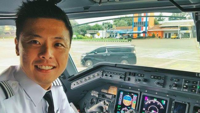 Pilot Vincent Raditya menyatakan usia pesawat tidak bisa dituding sebagai penyebab kecelakaan pesawat Sriwijaya Air yang jatuh di Kepulauan Seribu.