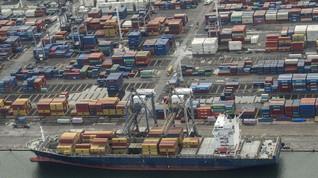 Pelabuhan Tanjung Priok Terdampak Macet Terusan Suez