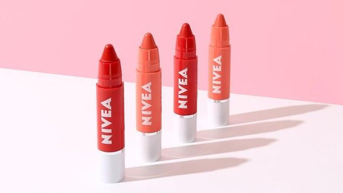 5 Rekomendasi Lip Crayon di Bawah Rp100 Ribu untuk Remaja