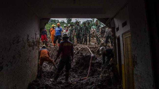Korban Longsor Sumedang: 28 Orang Tewas, 12 Masih Hilang
