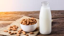 5 Makanan Pereda Rasa Pedas: Kacang hingga Susu
