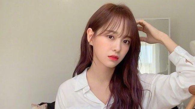 Kim Se-jeong meminta banyak orang tak perlu khawatir mengenai kedekatan atau hubungannya dengan Sehun EXO.