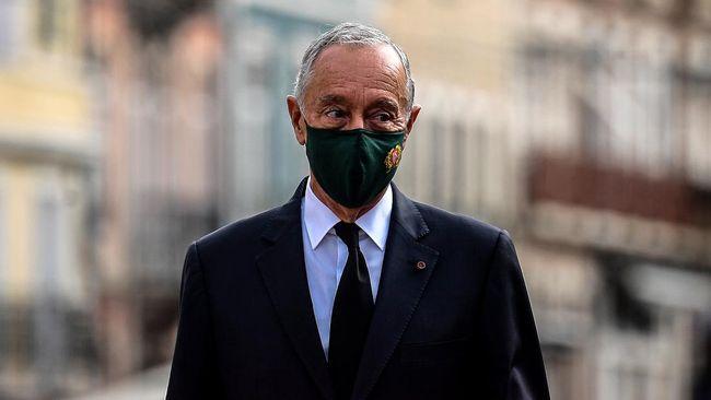 Presiden Portugal Marelo Rebelo de Sousa dinyatakan positif terinfeksi virus corona tanpa gejala.