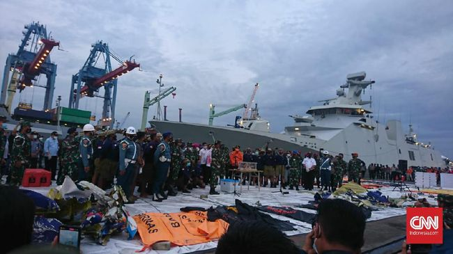 Tim DVI RS Polri kembali mengidentifikasi dua korban Sriwijaya Air SJ 182. Kini total penumpang yang sudah teridentifikasi hingga Rabu (13/1) menjadi enam.