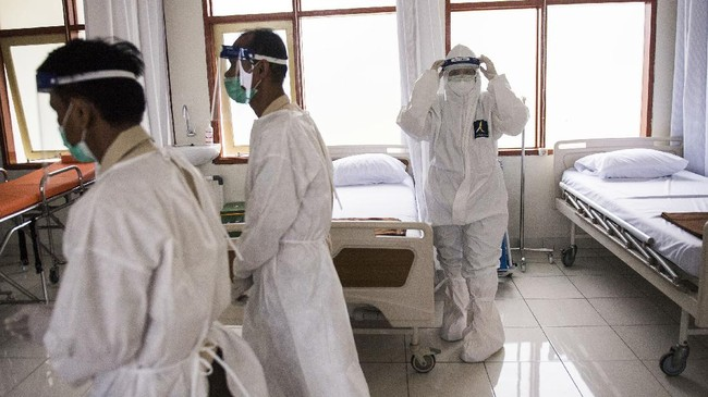 Kolaps Rumah Sakit di Tengah 1 Juta Kasus Corona