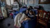 Cañada Real menjadi kota terkumuh dan salah satu lingkungan termiskin di Eropa yang warganya hidup tanpa listrik sejak 2 Oktober lalu.