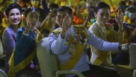 Aktivis Thailand Ditangkap karena Dituduh Bakar Foto Raja