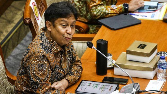 Menkes menjelaskan tren penurunan kasus juga dipengaruhi oleh pelaksanaan Pemberlakuan Pembatasan Kegiatan Masyarakat (PPKM) Jawa-Bali yang berskala mikro.
