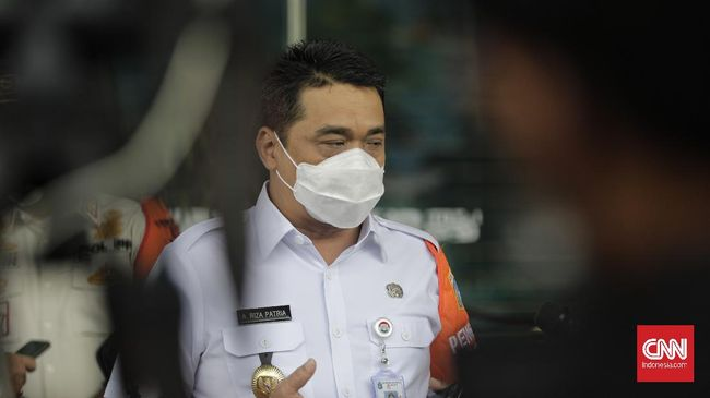 Wagub DKI Ahmad Riza Patria mengatakan pandemi terkendali, dengan fakta bahwa angka kematian sekitar 1,6 persen dan kesembuhan yang mencapai 95,3 persen.