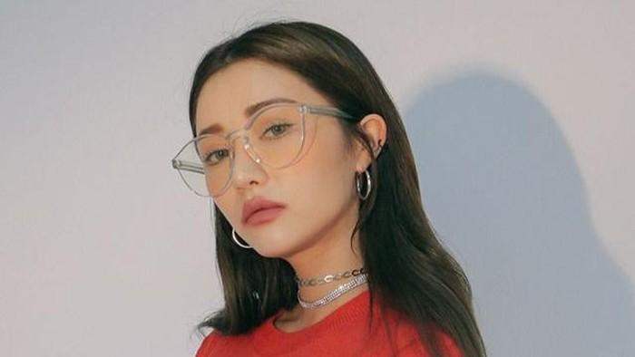 7 Kepribadian Seseorang Dilihat dari Frame Kacamata Favorit, Kamu Gimana?