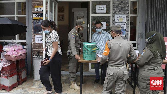 DPRD DKI Jakarta berharap aturan baru dalam revisi perda tentang penanggulangan Covid-19 bisa membuat penanganan lebih optimal demi menekan penyebaran.