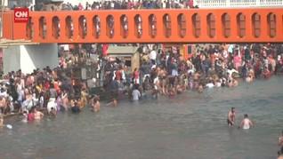 VIDEO: Perayaan Kumbh Mela Kala Lonjakan Kasus Covid-19 India