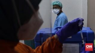 Kemenkes Tak Sebar SMS Blast, Nakes Daftar Vaksinasi Manual