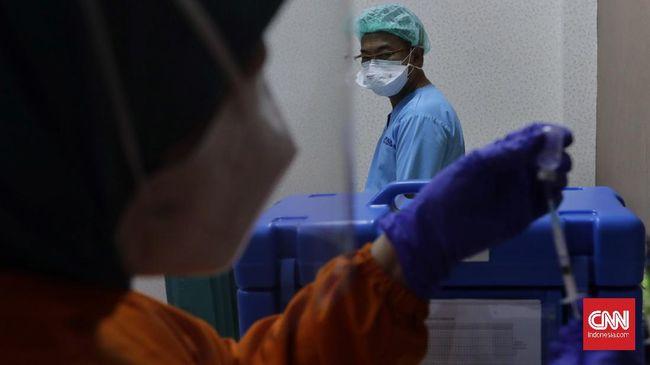 Kemenkes kini tak lagi mengirimkan SMS blast untuk para tenaga kesehatan yang terdaftar dalam prioritas vaksin Covid-19.