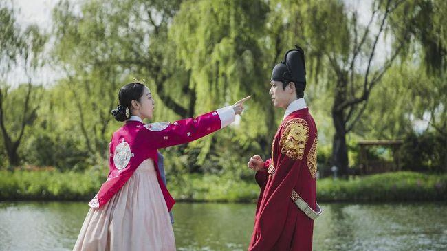 Drama Korea berlatar belakang sejarah atau yang dikenal sebagai sageuk itu sejatinya sudah ada lebih dari lima dekade lalu.