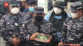VIDEO: Tim Penyelam Temukan Baterai CVR Sriwijaya Air SJ 182