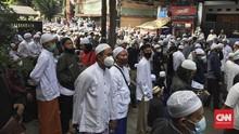 Pelayat Padati Pemakaman Ali bin Assegaf di TPU Rawajati