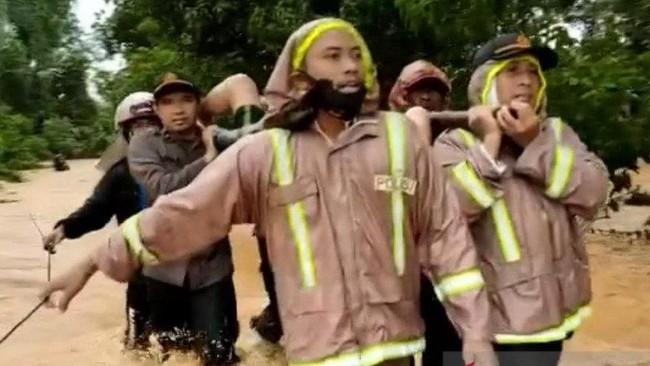 Banjir Sebabkan Tanah longsor di Kalsel, 5 Tewas