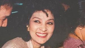 Pemeran Mak Lampir Farida Pasha Meninggal karena Covid-19