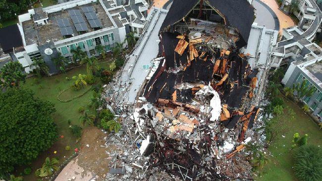 Ahli beri sejumlah alasan mengapa memberikan peringatan potensi gempa lebih besar di sekitar kawasan Mamuju-Majene, Sulawesi Barat.