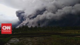 VIDEO: Abu Vulkanik Gunung Semeru Hujani Probolinggo