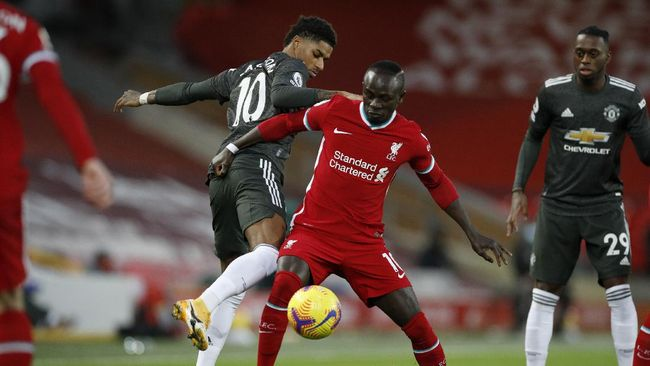 Berita mengenai duel Liverpool vs Man United serta Barcelona yang mengalami kekalahan menjadi berita terpopuler di kanal olahraga CNNINdonesia.com.