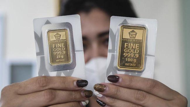 Harga emas Antam naik Rp6.000 per gram menjadi Rp923 ribu pada perdagangan Senin (1/3).