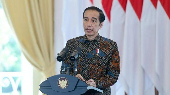 Presiden Jokowi mengakui krisis kesehatan selama pandemi belum berakhir. Vaksinasi menurutnya bisa jadi jalan keluar mengakhiri krisis.