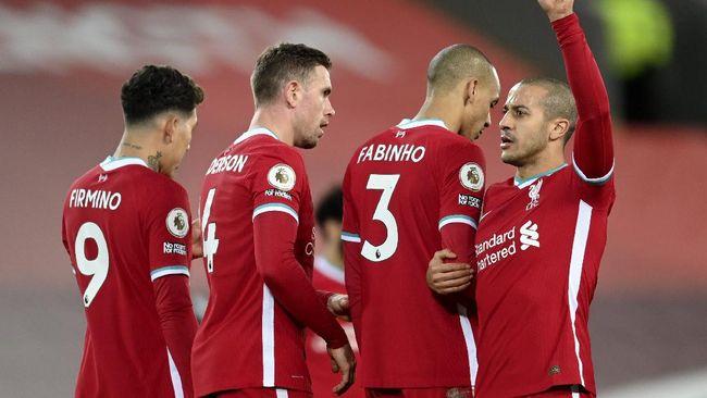 Anfield masih suci setelah Liverpool bermain imbang dengan Manchester United. The Reds kini sudah 68 laga Liga Inggris tanpa kekalahan.