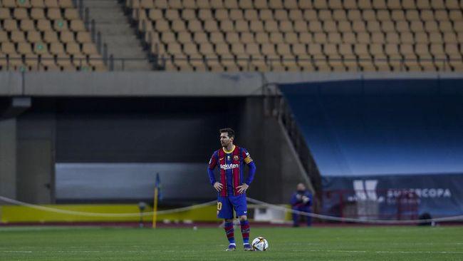 Lionel Messi mendapat kartu merah pada menit terakhir laga Piala Super Spanyol ketika Barcelona kalah dari Athletic Bilbao.