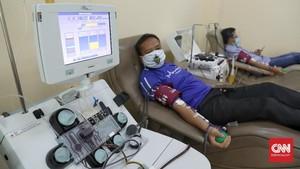 FOTO: Donor Plasma Darah untuk Pasien Covid-19