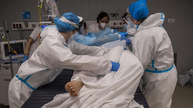 Varian Baru Virus Corona Inggris 30 Persen Lebih Mematikan